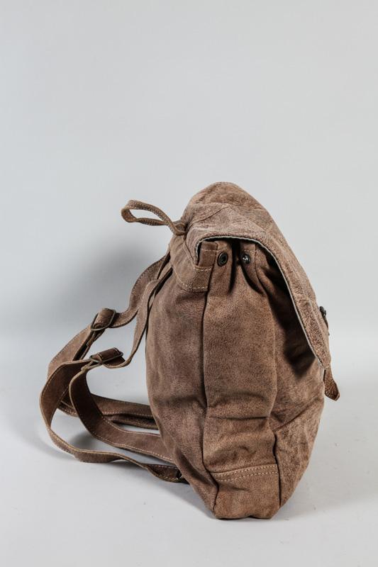 504770a4a6dc3 Lederrucksack braun 33 x 35 cm online kaufen bei Cachet - Cachet Shop.