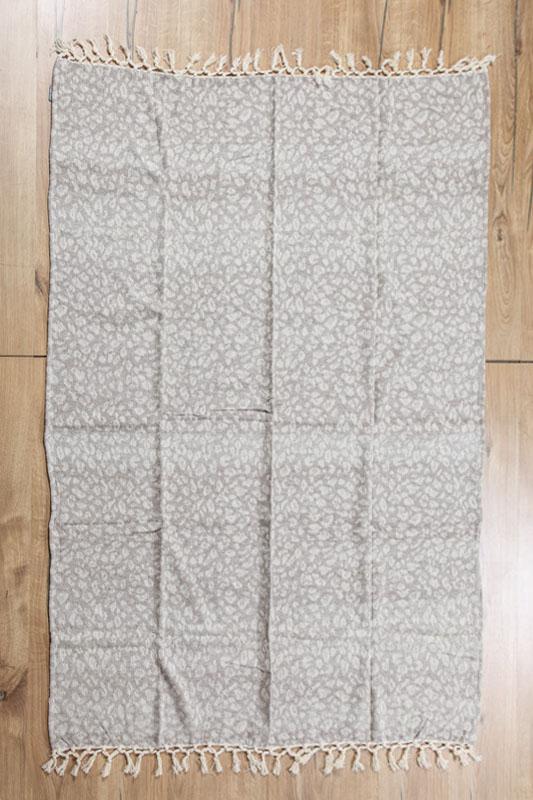 teppich assortiert 125 x 150 cm online kaufen bei cachet cachet shop. Black Bedroom Furniture Sets. Home Design Ideas