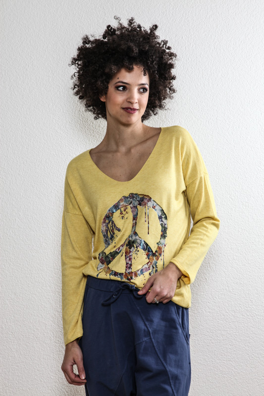 Pullover senffarben PEACE - One Size