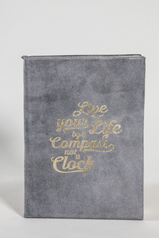 "Ledernotizbuch ""live your life by a compass not a clock"" 20.5 x 15 cm"